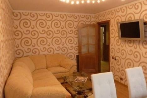 Сдается 3-комнатная квартира посуточно в Петропавловске-Камчатском, Петропавловск-Камчатский, Тушканова улица, д. 6.