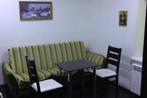 Сдается 1-комнатная квартира посуточно в Симферополе, Ул. Карла Маркса 5.