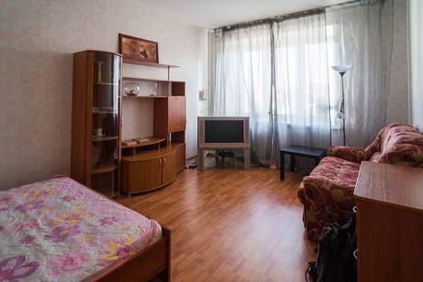 Сдается 1-комнатная квартира посуточнов Перми, Луначарского 66.