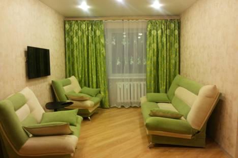 Сдается 3-комнатная квартира посуточно в Тюмени, ул. Карская, 21.