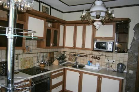 Сдается 2-комнатная квартира посуточно в Форосе, ул. Северная, 22.