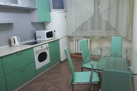 Сдается 1-комнатная квартира посуточнов Тюмени, ул. 50 лет Октября, 24.