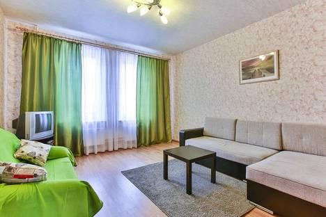 Сдается 2-комнатная квартира посуточно в Подольске, ул. Генерала Смирнова, д.10.