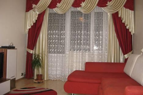 Сдается 1-комнатная квартира посуточно в Костроме, ул. Подлипаева, 3.
