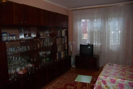 Сдается 2-комнатная квартира посуточно в Тихорецке, ул. Калинина,107 б.