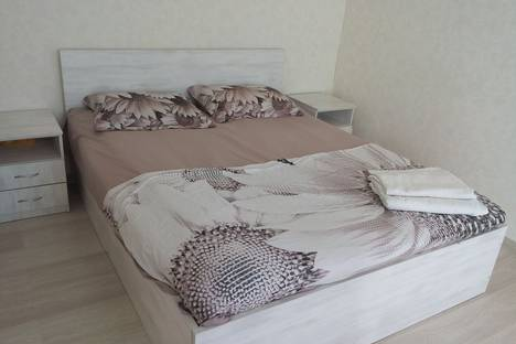 Сдается 2-комнатная квартира посуточно в Ульяновске, улица Федерации, 63,улица Островского,20..