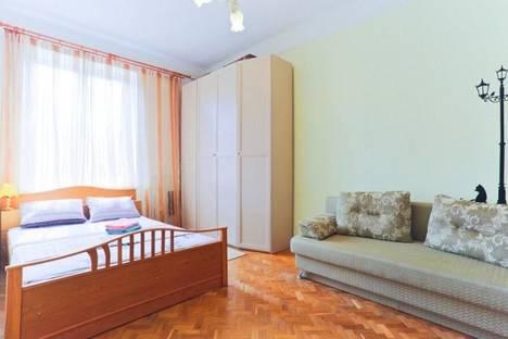 Сдается 2-комнатная квартира посуточно, Свердлова 24.