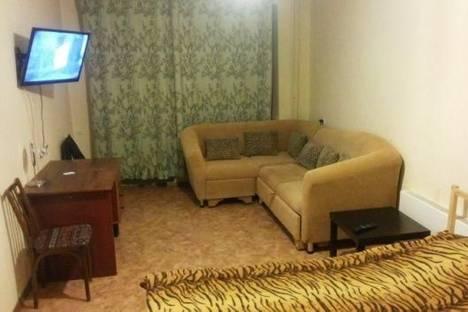 Сдается 1-комнатная квартира посуточнов Томске, Учебная улица, д. 8.
