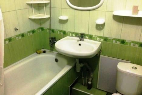 Сдается 2-комнатная квартира посуточно в Симферополе, Гагарина ул., 23.