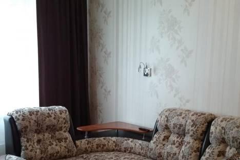 Сдается 1-комнатная квартира посуточнов Екатеринбурге, Самолетная 23.