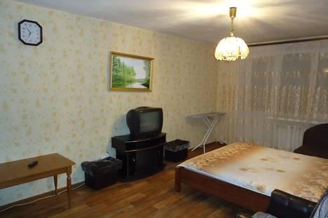 Сдается 1-комнатная квартира посуточнов Тюмени, ул. Республики 90.