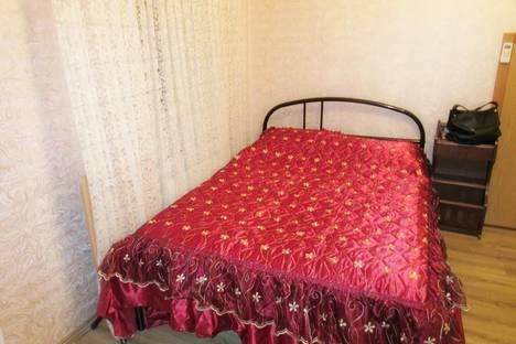 Сдается 1-комнатная квартира посуточно, Боткинская ул., 12.