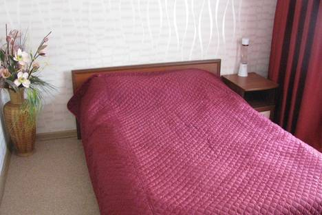 Сдается 2-комнатная квартира посуточнов Пензе, ул. Ставского, 9а.