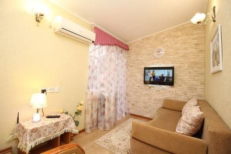 Сдается 1-комнатная квартира посуточнов Феодосии, Адмиральский бульвар, 24.
