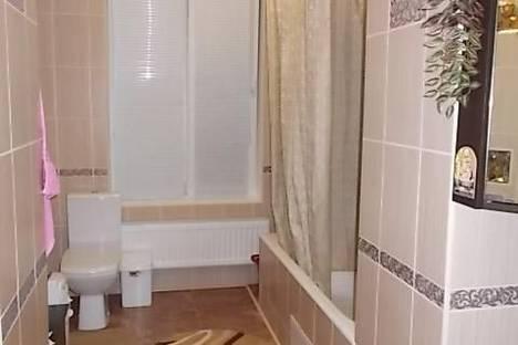 Сдается 3-комнатная квартира посуточно в Керчи, Айвазовского 20.