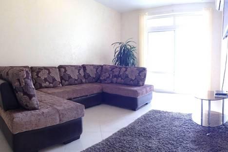 Сдается 3-комнатная квартира посуточнов Сочи, Первомайская улица 21(80.