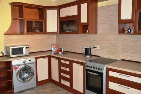 Сдается 2-комнатная квартира посуточно во Владимире, ул. Нижняя Дуброва, 21.