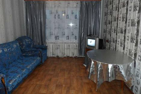 Сдается 4-комнатная квартира посуточнов Губахе, пр. Октябрьский, 7.