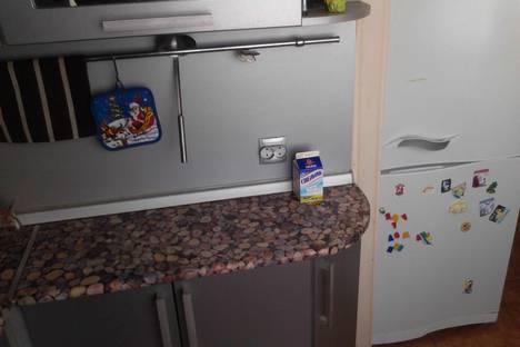 Сдается 2-комнатная квартира посуточно в Архангельске, ул.Володарского д.8.