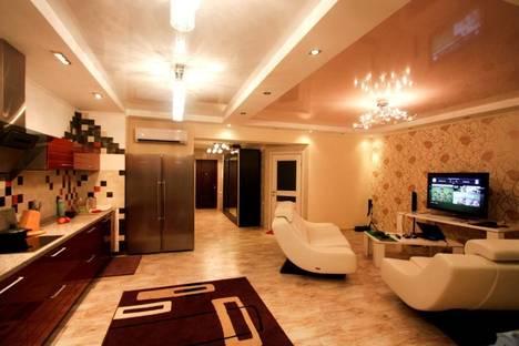 Сдается 2-комнатная квартира посуточнов Сочи, Первомайская 19.