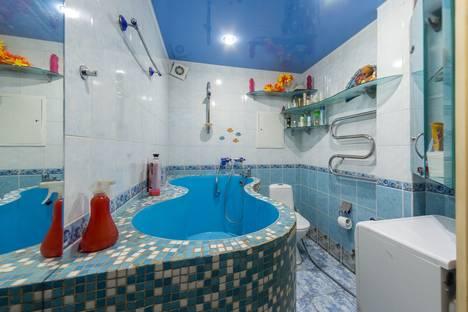 Сдается 1-комнатная квартира посуточнов Екатеринбурге, ул. Кировградская, 51б.