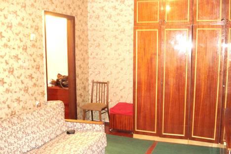 Сдается 2-комнатная квартира посуточно в Кременчуге, Бутырина, 69.