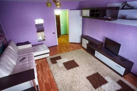 Сдается 1-комнатная квартира посуточнов Сызрани, ул. Комарова, 12.