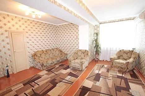 Сдается 1-комнатная квартира посуточно в Феодосии, улица Галерейная 11.