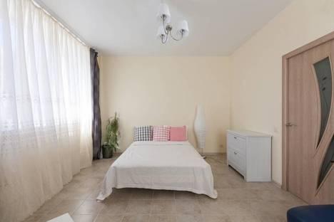 Сдается 2-комнатная квартира посуточно в Химках, ул. Совхозная, 9.