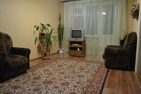 Сдается 3-комнатная квартира посуточнов Лиде, Набережная 4, к.13.