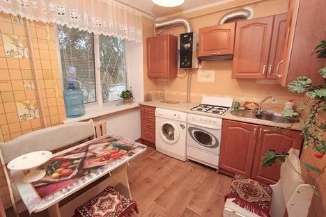 Сдается 1-комнатная квартира посуточно в Феодосии, улица Федько 45.