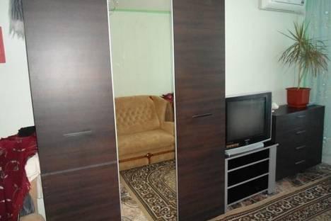 Сдается 1-комнатная квартира посуточнов Орджоникидзе, Нахимова 25.