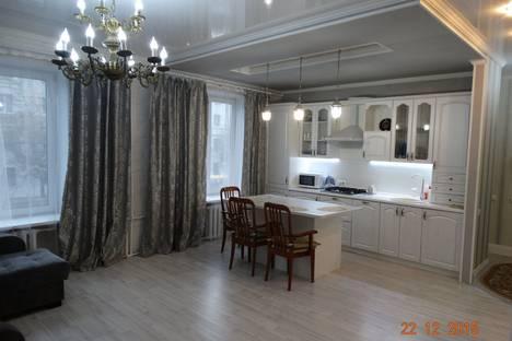 Сдается 2-комнатная квартира посуточново Владимире, ул.Горького 75.