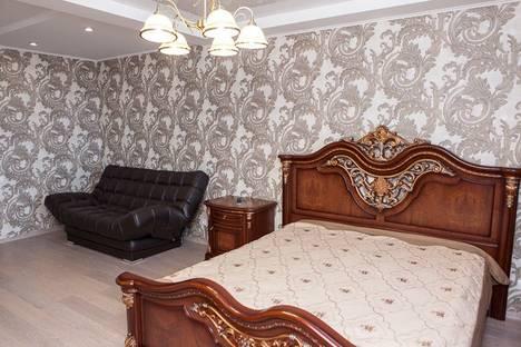 Сдается 1-комнатная квартира посуточно в Самаре, ул. Революционная, 4.