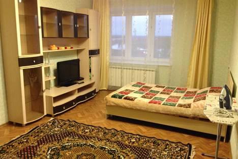 Сдается 1-комнатная квартира посуточнов Чебоксарах, ул. Спортсмена Валериана Соколова, 6.