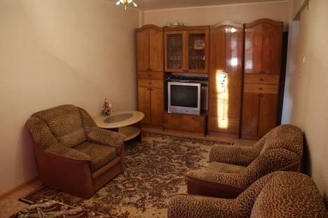 Сдается 1-комнатная квартира посуточнов Великом Новгороде, Попова 20.