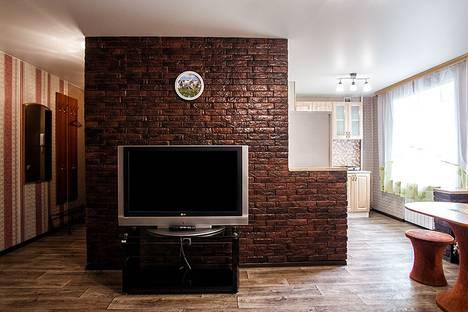 Сдается 2-комнатная квартира посуточно в Кемерове, улица 50 лет Октября, 21А.