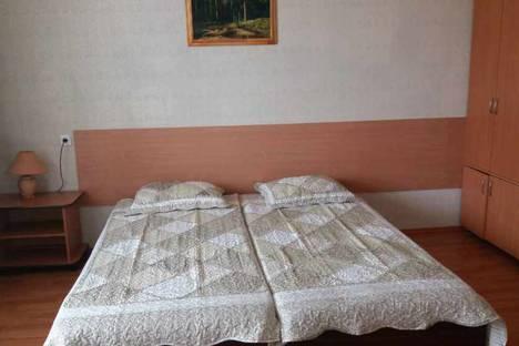 Сдается 1-комнатная квартира посуточно в Магнитогорске, проспект Ленина, 135/1.