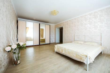 Сдается 2-комнатная квартира посуточно в Уфе, ул. Менделеева 128/1.
