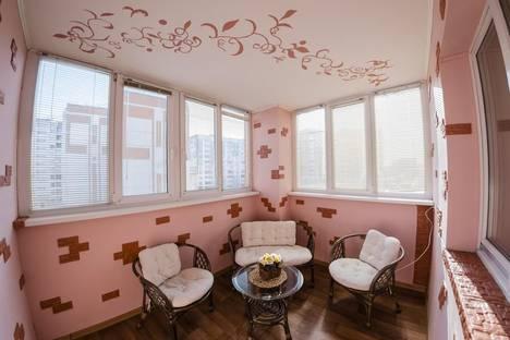 Сдается 3-комнатная квартира посуточно в Оренбурге, ул. Комсомольская, 124/1.