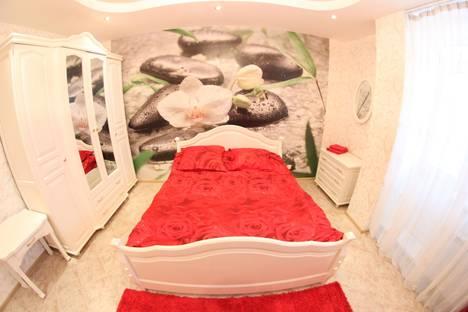 Сдается 1-комнатная квартира посуточно в Новосибирске, ул. Плановая, 50.