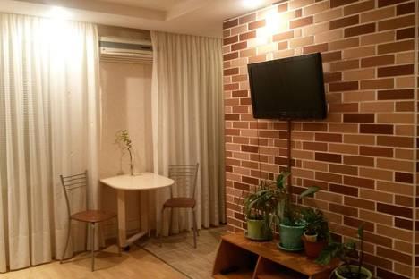 Сдается 1-комнатная квартира посуточно в Оренбурге, проспект Гагарина, 33.