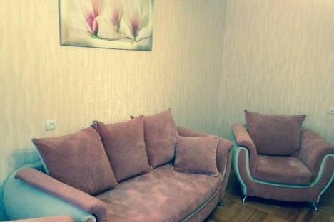 Сдается 2-комнатная квартира посуточно в Армавире, ул. Луначарского, 406.