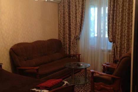 Сдается 1-комнатная квартира посуточно в Армавире, Советской Армии, 222.