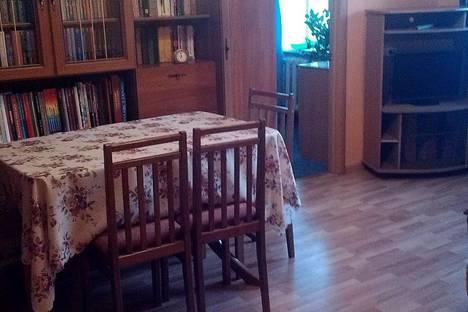 Сдается 3-комнатная квартира посуточнов Петропавловске-Камчатском, ул. Горького, 19.