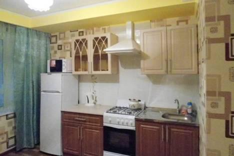 Сдается 1-комнатная квартира посуточно в Энгельсе, шурова гора 7.