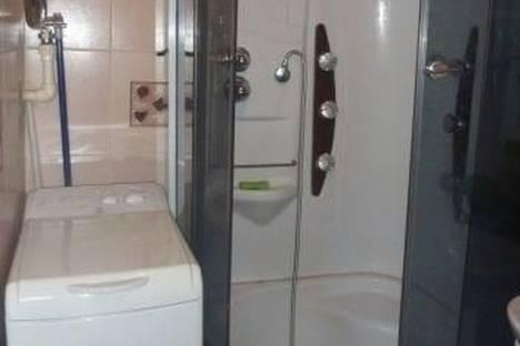 Сдается 1-комнатная квартира посуточно в Екатеринбурге, Академика Шварца улица, д. 4.