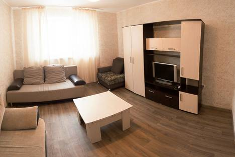 Сдается 2-комнатная квартира посуточнов Тюмени, ул. Николая Зелинского, 5 корп. 1.