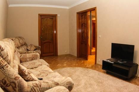Сдается 2-комнатная квартира посуточно в Новополоцке, Дружба 5.