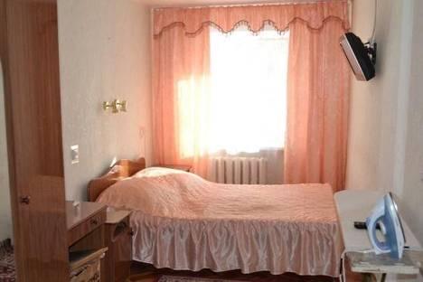 Сдается 2-комнатная квартира посуточно, квартал Б дом 21.